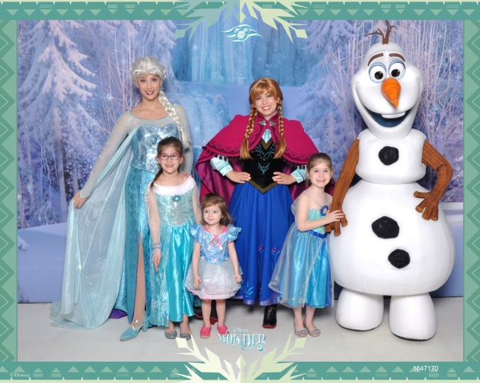 530-1647170-frozen-fz-anna-and-e-22705_gpr